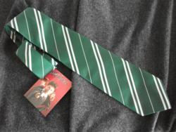 OFFICIAL WARNER BROS. HARRY POTTER SLYTHERIN HOUSE TIE